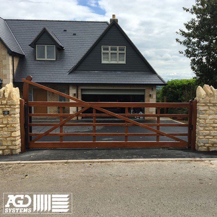 5 Bar Iroko Hardwood Slider with matching side gate in Northampton